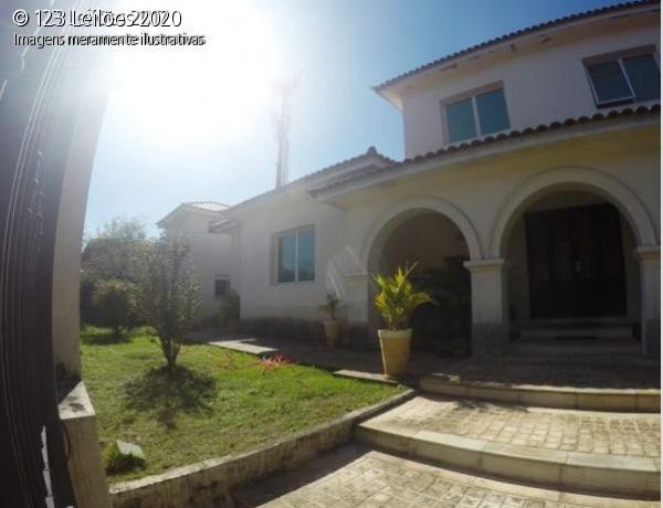 Mansão Esquina Jardins - 920 m²